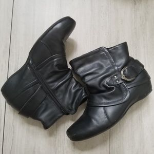 BareTraps Steena size 11M slouch ankle boots